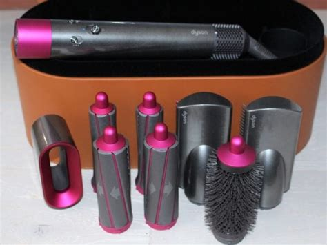 Dyson Airwrap Styler Review & Video - Pros & Cons