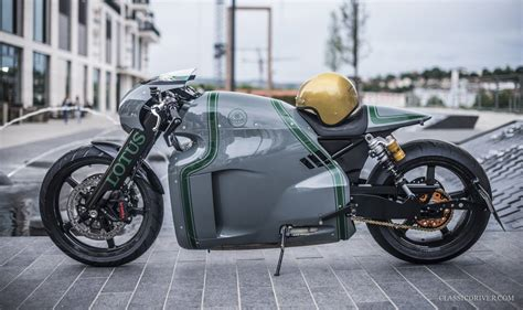 The Lotus C-01 Is Alive, Looks Sharp Photographed on the