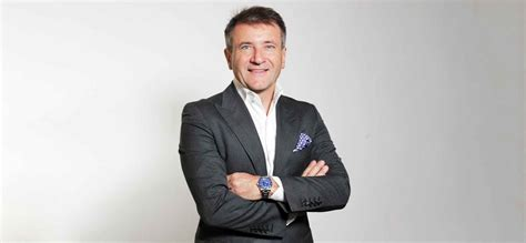 ABC salary and investments key to Robert Herjavec $200