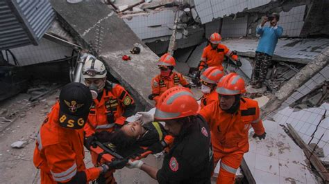 Fears thousands may have died in Indonesia earthquake and
