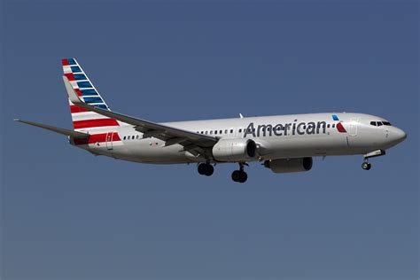 American Airlines to Charter Flights from Los Angeles to