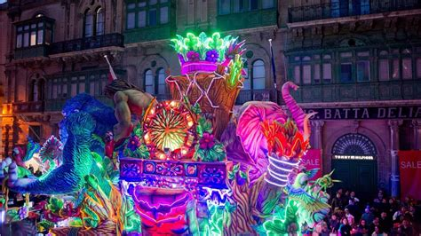 Carnival Week 2018: Merriment on the streets of Malta