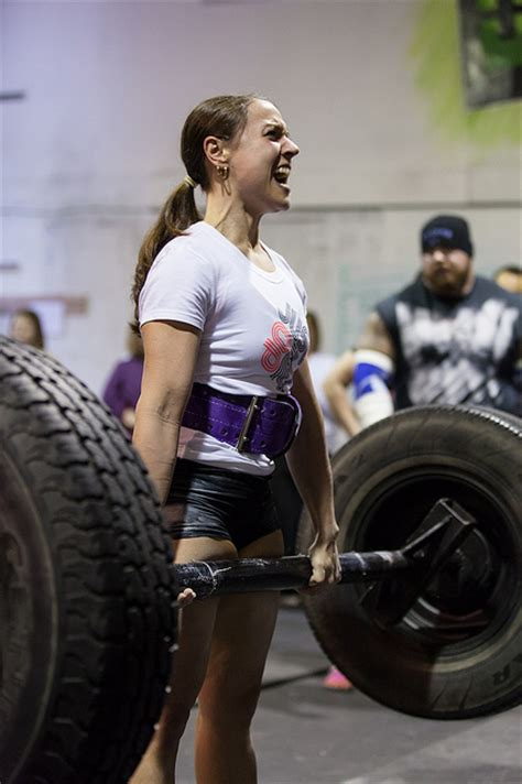 Female Strongman   The Athletic Build