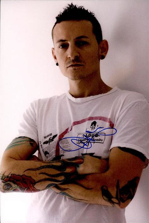 Chester Bennington of Linkin Park signed AUTHENTIC 10x15