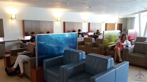 The Priority Pass Executive lounge review at SXM St