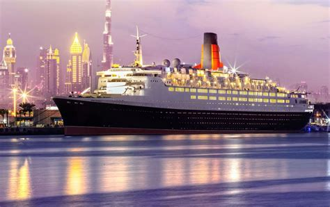 Dubai to Open QE2 as Floating Hotel after 10 Years