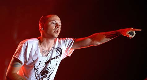 Chester Bennington Wallpapers Images Photos Pictures