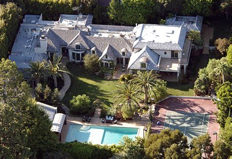 10 Incredible Mansions of the Rich and Famous | Page 4 of